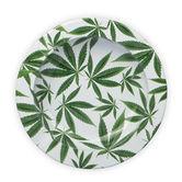 Metalen Asbak Met Cannabisbladeren