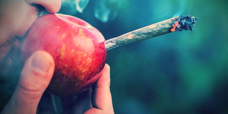 Cannabis Roken Appelpijpen