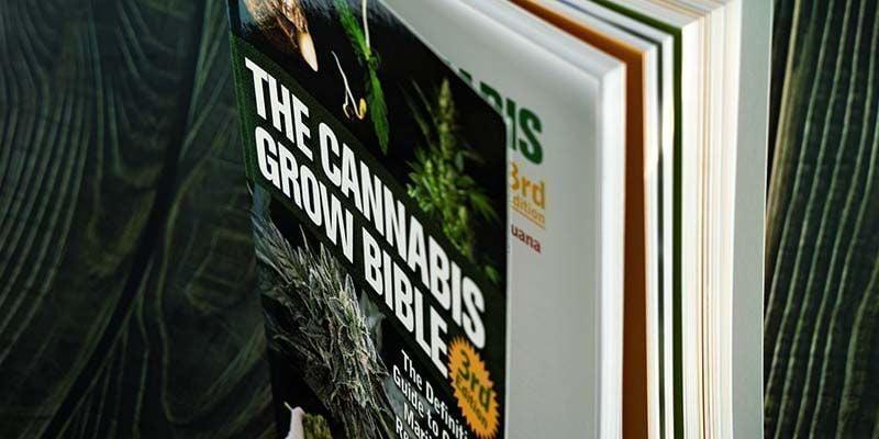 The Cannabis Grow Bible (3e Editie)