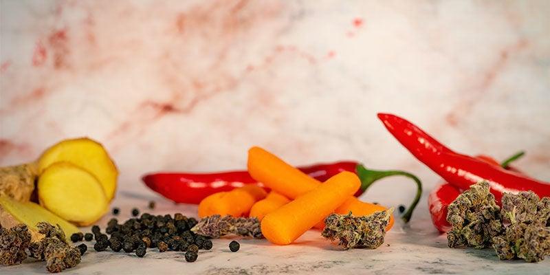 Hoe beïnvloeden andere voedingswaren wiet?