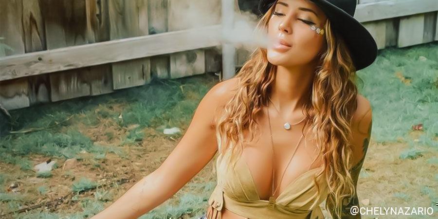 Top Vrouwelijke Cannabis-Influencers Op Instagram: @chelynazario