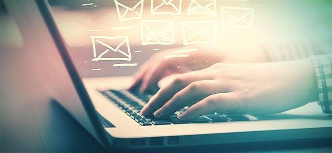 Stoned E-mails Van Je Werk Beantwoorden