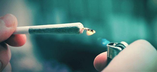 Fouten Gemaakt Door Smokers: Slechte Aansteker
