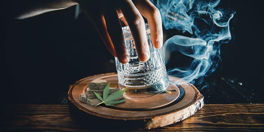 Prikker En Glasmethode (Hasj Roken)