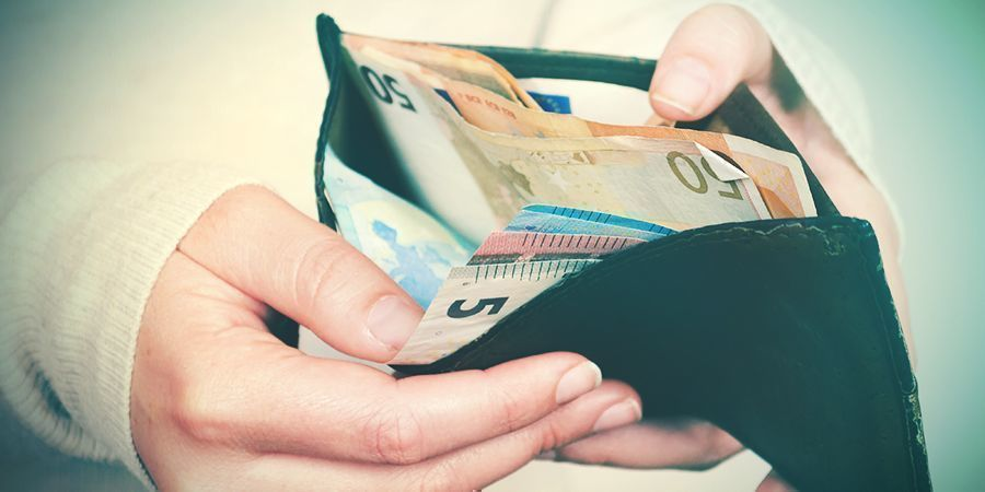 Redenen Om Met Tabak Te Stoppen: Geld Besparen
