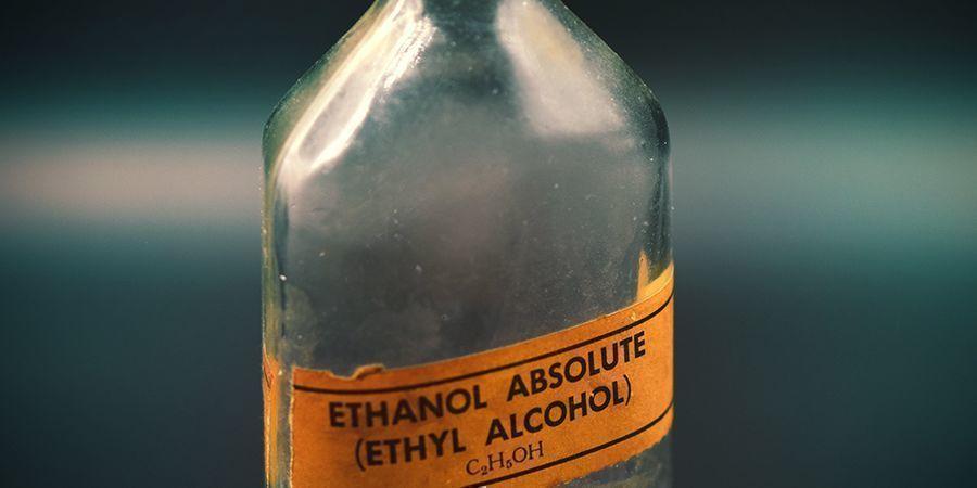 OP ALCOHOL GEBASEERDE EXTRACTIE