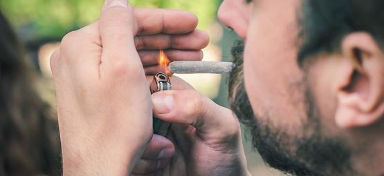 Oorzaken voor het snel of langzaam branden van je cannabis