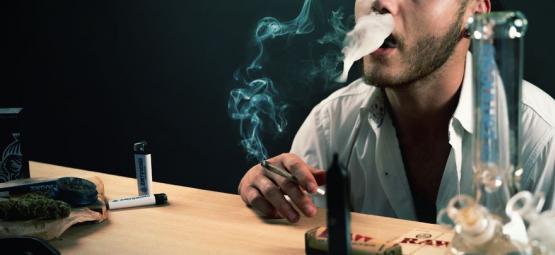 Word Je Higher Van Het Langer Inhouden Van Je Rook?