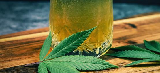 Hoe cannabis kan helpen met drinken te stoppen